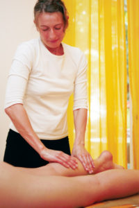 formation bases du massage par ecole des spas et instituts
